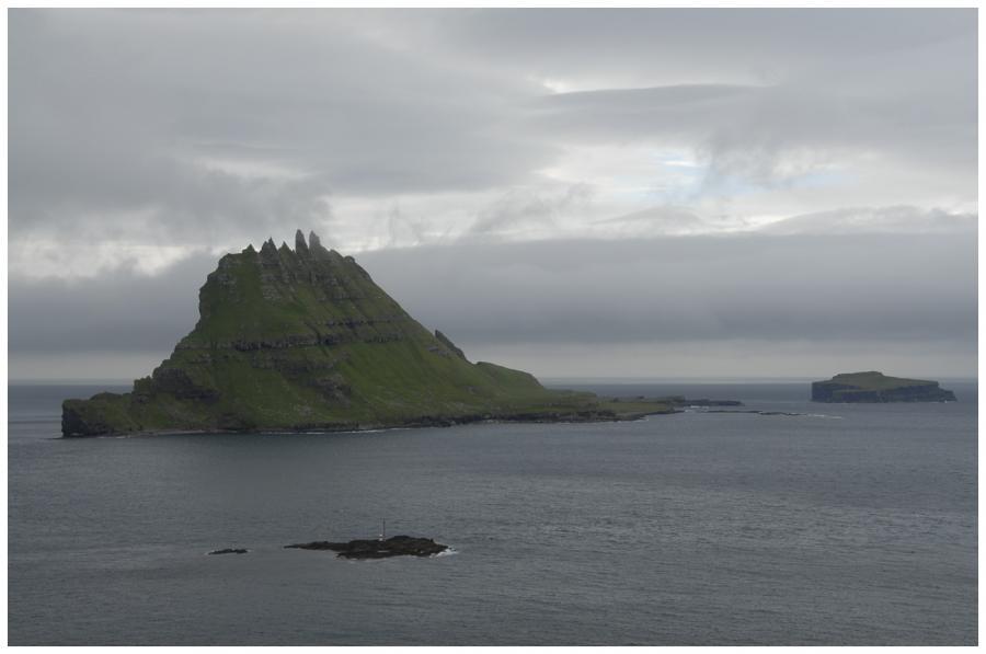 Ostrov Tindhólmur 7 1-0083